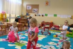 Zabawy Wesołych Misiów, pierwsze próby w przedszkolu