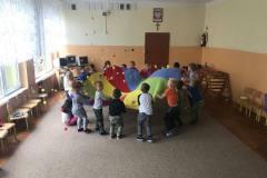Ćwiczenia gimnastyczne i zabawy ruchowe w przedszkolu