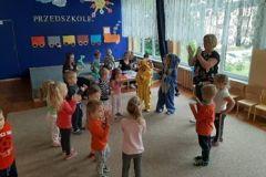 Ogólnopolski Dzień Przedszkolaka, zabawy w przebierankii malowanki